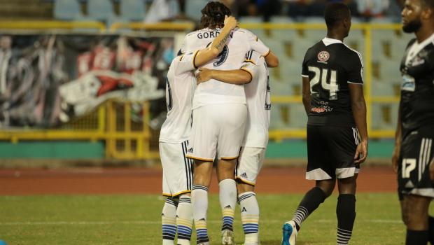 LA Galaxy clinch top spot in Group D with 1-1 draw with Central FC.
