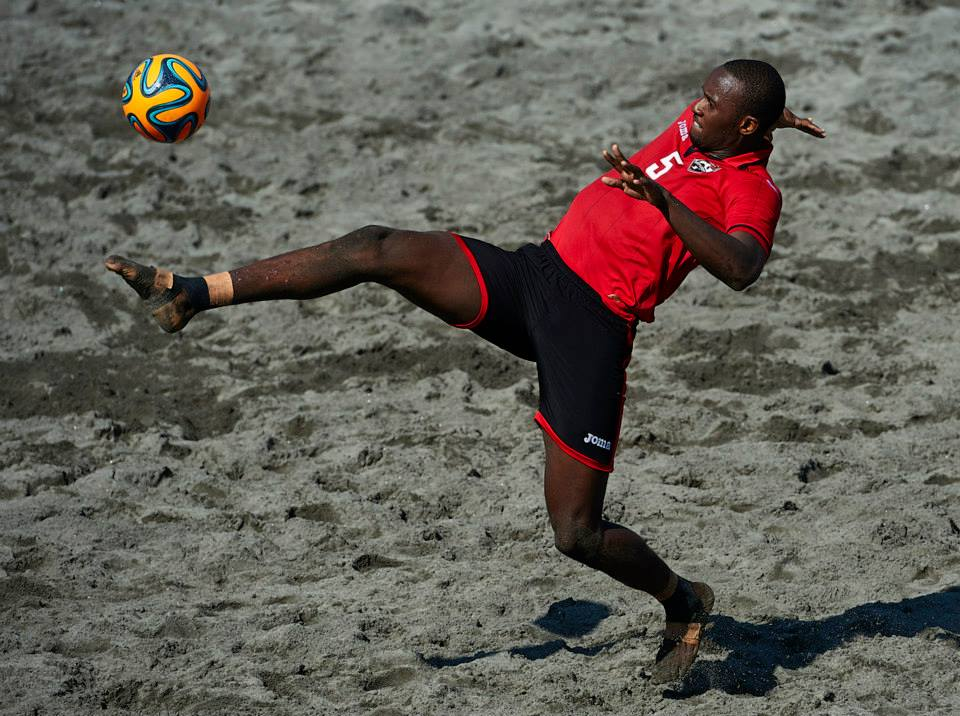 Costa Rica edges T&T 2-1 in quarters.