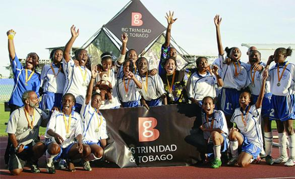 Debe High celebrates 2009 SSFL girls trophy.