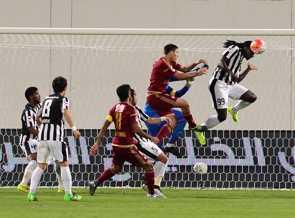 Kenwyne Jones vs Al-Wahda