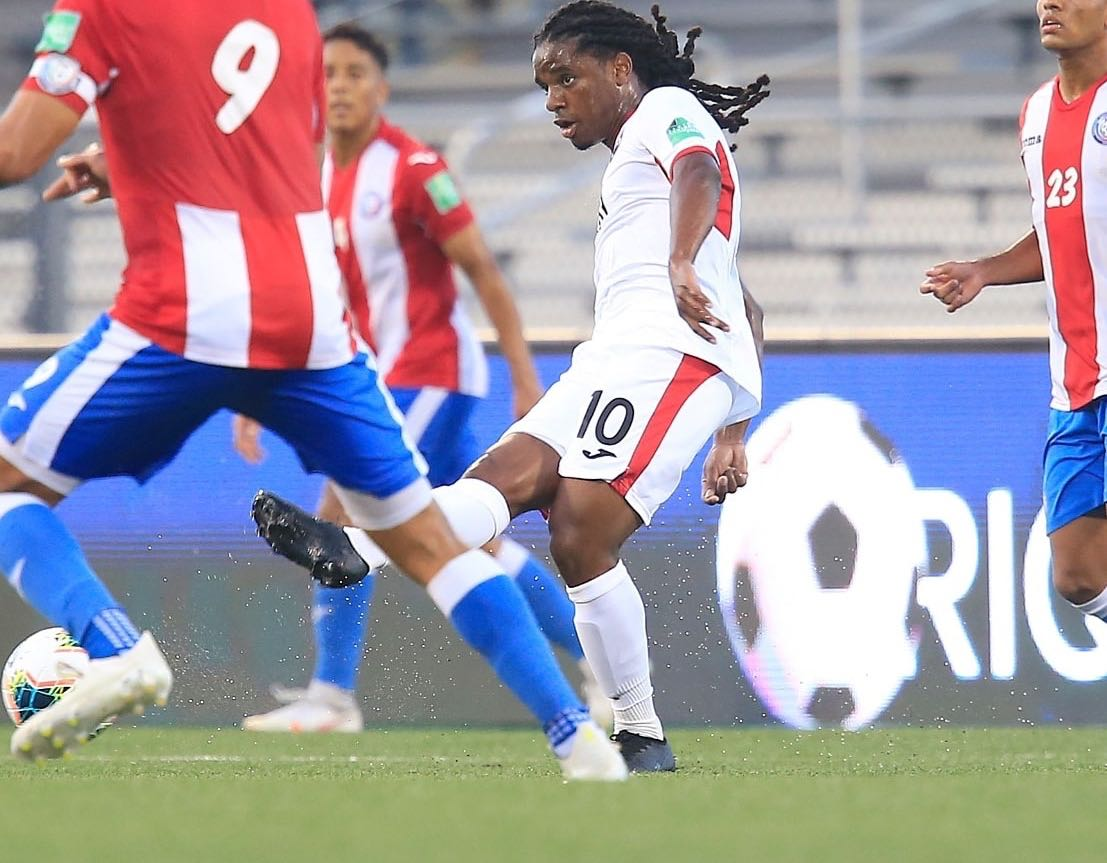 One of T&T's standout players Duane Muckette in action vs Puerto Rico.