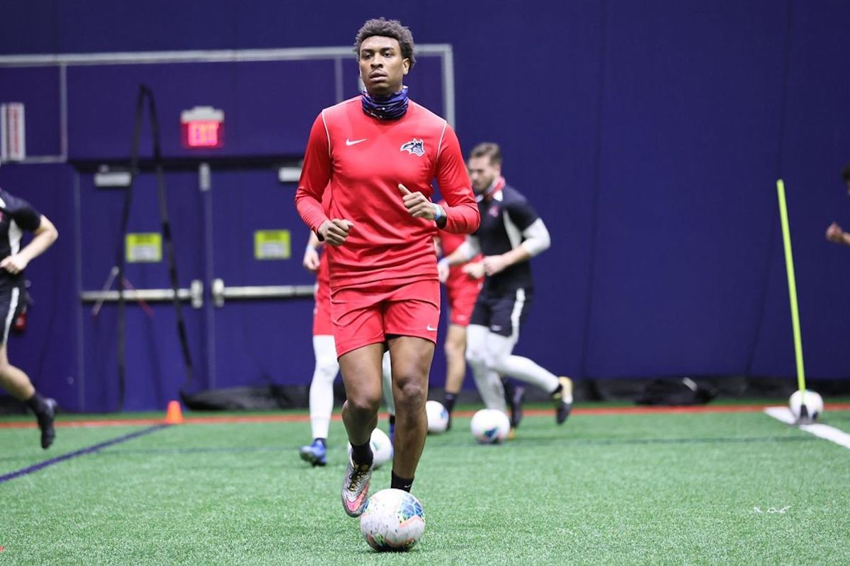 Jerren Nixon practices for the first time with the Stony Brook men's soccer team