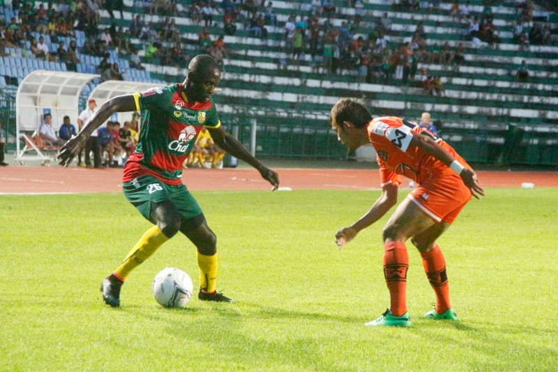 Kendall Jagdeosingh in action for Phuket FC